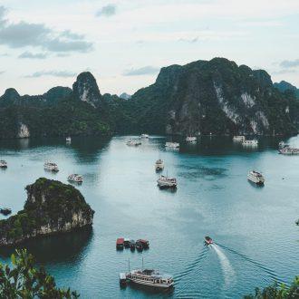 LUSTRUM IN AZIE VIETNAM